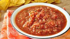 """Chili's Salsa; """"This was excellent. It tasted so much like the salsa at Chili's, I'll be making it again and again. Chilis Restaurant Recipes, Restaurant Dishes, Mexican Dishes, Mexican Food Recipes, Ethnic Recipes, Cheesy Recipes, Chili's Salsa Recipe, Chi Chis Salsa Recipe, Salsa Guacamole"""