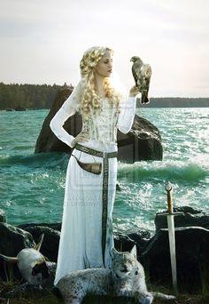 Freyja by ~Lindowyn on deviantART