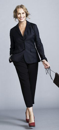 Lauren Hutton keeps it simple. For a modern look, forgo the shirt and simply wear your jacket as an elegant top.  Be inspired and shop here: http://rstyle.me/n/rmbpwbgbrf