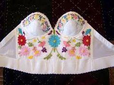 Resultado de imagen para mexican style clothes