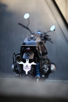 'Glober' BMW R100 GS – ER Motorcycles. Zen and the Art of Motorcycle Maintenance is not a technical instruction book but the tale of a journey punctuated with philosophical insights. The Motorcycle Diaries too has a title that requires further exploration and is in fact about one Norton, two young men and the journey that sparked the world's most famous revolutionary's deep...