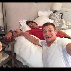 Perfect. Classic Gronk! No napping on Gronks watch! @Patriots #AprilFools4/1/16 #Gronk #TomBrady