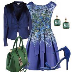 Un idea a chi piace il blu e per chi ama gli abiti femminili, abbino così un sandalo in blu china, borsa a bauletto verde smeraldo, giacca con quattro bottoncini dal taglio particolare. Orecchini semplici ma di stile.