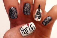 eiffel tower nails :)   looks like Samantha Morris!