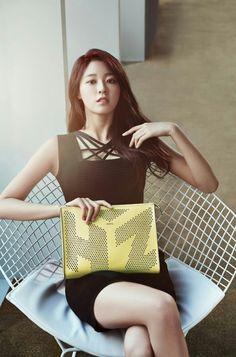 Seolhyun Hazzys Accessories