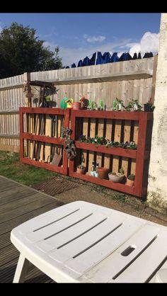 Garden tidy/ flower bed