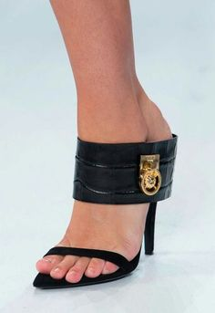2019 Fantastiche 247 Immagini Moda Di Shoes Su Tacchi Scarpe Nel Xpqvd