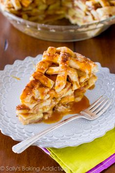 Salted Caramel Apple Pie. The holy grail of caramel apple desserts! Click for easy-to-follow instructions. Recipe by sallysbakingaddiction.c...