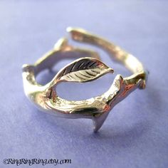 925. Thorn twig with leaf - Solid sterling silver ring. Unique jewelry, Size adjustable