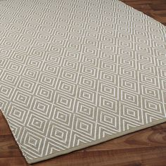 Concentric Diamond Indoor/Outdoor Rug