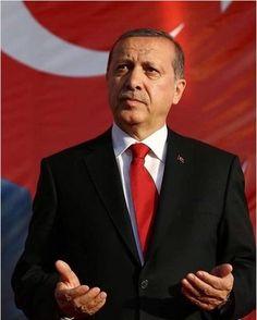 Prabhas And Anushka, Turkey Country, Pallet Wall Art, Ronaldo Juventus, Islam Muslim, Great Leaders, Reiss, Presidents, History