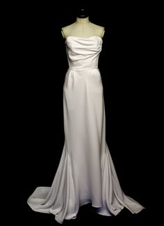 7cd568baa58a 29 Best Old Hollywood dress images | Classic hollywood, Alon livne ...