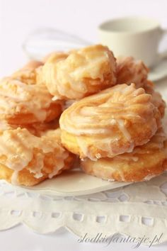 Pączki hiszpańskie (wiedeńskie) przepis / Spanish donuts (Viena donuts) recipe Baking Recipes, Cake Recipes, Dessert Recipes, Churros, Delicious Desserts, Yummy Food, Sweets Cake, Dessert For Dinner, Vegan Sweets
