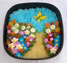 Adorable flower garden!!!  Not sure if I have the patience to craft something like this up tho...