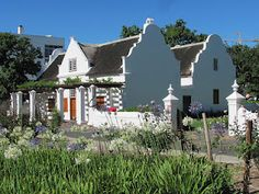 Stellenbosch, the second oldest European town in South Africa is renowned for its Cape Dutch architecture. Beautiful Places To Visit, Beautiful Homes, Cape Dutch, Dutch House, Namibia, Dutch Colonial, Colonial Architecture, Out Of Africa, Florida Beaches