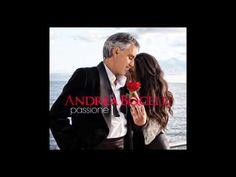 Andrea Bocelli y Jennifer Lopez.