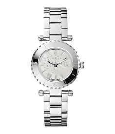 Buy Guess Grey Quartz Analog Watch for Women at Fashiontage. Modern Watches, Casual Watches, Women's Watches, Jewelry Watches, Pearl Bracelet, Bracelet Watch, Pearl Jewelry, Grey Watch, Sport Chic
