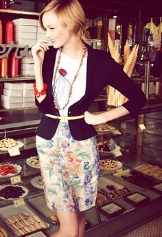 I would wear this everywhere, but it really deserves a trip to Paris. :) I LOVE this look.