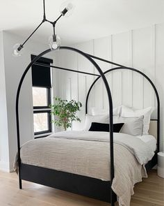 "Crate and Barrel on Instagram: ""THE DREAM BED. 🛏 It's here, you've found it and styled it sleekly in your #CrateStyle bedrooms. It's the top-rated, dramatically-arched…"" Home Design, Home Interior, Interior And Exterior, Home Bedroom, Master Bedroom, Bedroom Ideas, Bedroom Black, Black Bedrooms, Dreams Beds"