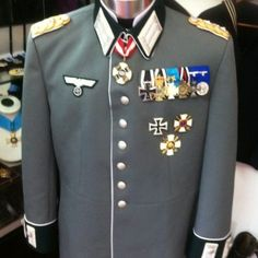 Replica General, Admiral & Marshals Uniforms Archives - Page 2 of 3 - Quarterdeck Medals & Militaria