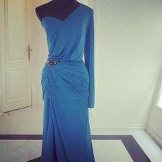 BLUE LONG EVENİNG DRESS Instagram'da Le Salon - Atelier (@atelierlesalon)