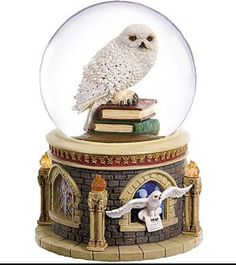 """Harry Potter""""s Hedwig Music Box. Not a Harry Potter fan but I like this."""