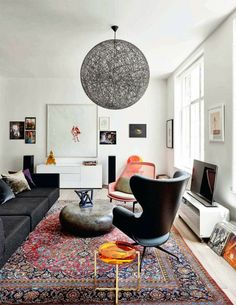 位在丹麥哥本哈根,音樂製作人Jon Oron的家, 充滿藝術氣息的時髦裝潢