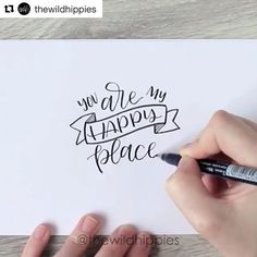 Don't you just love a good process video? It's so helpful to see how other people create their lettered work! Loving this piece by @thewildhippies #tombow #tombowusa #regram