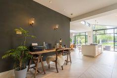 Une maison agrandie dans l'est londonien - PLANETE DECO a homes world House Extension Design, Extension Designs, House Design, Open Plan Kitchen Living Room, House Extensions, Decoration, Living Area, Home Office, Architecture