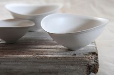 Pure White Vessels by Sogo Takashi