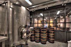 Marzua: DissenyaDos da forma a Garage Beer Co., una fábrica de cerveza artesanal instalada en un garaje Beer, Instagram, Ideas, Shape, Craft Beer, Vintage Decor, Garage, Industrial Style, Blue Prints