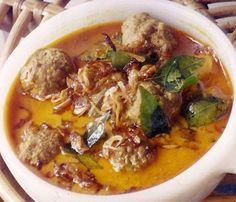 Kerala Syrian Christian Cuisine: Meatball Curry