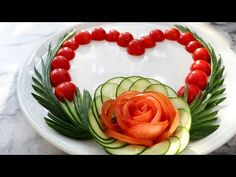 ItalyPaul - Art In Fruit & Vegetable Carving Lessons: Simple Lovely Cucumber & Tomato Rose Flower Design. Veggie Recipes, Cooking Recipes, Veggie Food, Cooking Tips, Cucumber Flower, Fruit And Vegetable Carving, Salty Foods, Edible Arrangements, Finger Food Appetizers