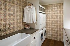 Coastal Ranch - farmhouse - Laundry Room - San Diego - Anne Sneed Architectural Interiors