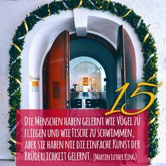 ZItat zum Advent von Martin Luther King, Kirchentüre: Kloster Siessen Bad Saulgau in Baden-Württemberg