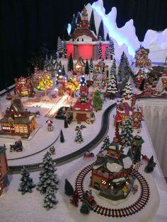 Resultado de imagen de Christmas Village Displays