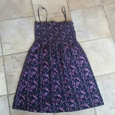 H&M Summer Dress Love this versatile summer dress. Purple and pink birds and flowers on a black dress. The top stretches so that its form fitting in the chest but can accommodate bigger or smaller bust. Pair it with strappy sandals and go! H&M Dresses