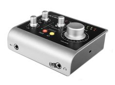 Following on from the success of the iD14, Audient is proud to announce iD4, a compact and affordable bus-powered audio interface, perfect for singer songwriters and on-the-go producers. With a vie…