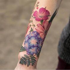 Tattoo Designs Women Just Can't Resist - TattooBlend Tattoos A Color, Flower Tattoos, Body Art Tattoos, Sleeve Tattoos, Pretty Tattoos, Cute Tattoos, Beautiful Tattoos, Tatoos, Nyc Tattoo