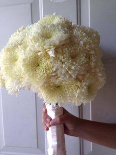 Riviera Maya weddings / Bodas ramo de crisantemos/ bouquet of chrisantemums Riviera Maya, Chrysanthemum, Bouquets, Japan, Weddings, Flowers, Chrysanthemum Bouquet, Chrysanthemums, Wedding Bouquets