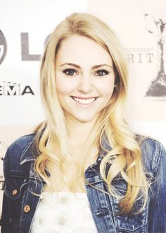 anna sophia robb. have a new respect for her since 'soul surfer'. she's a phenomenal actress and is killing it in 'the carrie diaries'.