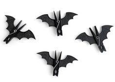 Des Pinces à Linge Chauve-souris pour Halloween à retrouver sur le #blog de…