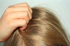 CHASSEZ LES POUX DE VOTRE TÊTE AVEC CE SHAMPOOING ANTI-POUX 100% NATUREL ! Acupuncture, Hair Beauty, Make Up, Long Hair Styles, Parents, Sport, Education, Simple Hairstyles, Hairstyle Ideas
