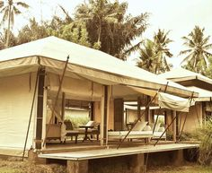 Luxury without walls is possible, Escape Nomade offers you all comfort with style in the midst of nature Tree House Deck, Out Of Africa, Gazebo, Outdoor Structures, Luxury, Instagram Posts, Outdoor Decor, Nature, Walls