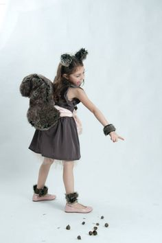 Squirrel costume DIY by Dana Israeli