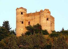 Torri e Castelli - Cittadipraiaamare.it Praia a Mare – La Città dell'Isola di Dino - Castello Normanno