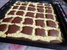 Tvarohový koláč Prešívaná deka - recept | Varecha.sk Tiramisu, Ethnic Recipes, Sweet, Food, Basket, Kuchen, Candy, Essen, Meals