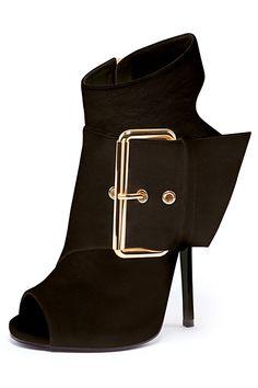Giuseppe Zanotti - Shoes - 2013 Spring-Summer so cute! Fab Shoes, Crazy Shoes, Cute Shoes, Me Too Shoes, Shoes Heels, Bootie Boots, Shoe Boots, Giuseppe Zanotti Shoes, Giuseppe Zanotti Design