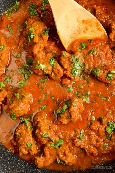 Slimming Eats Low Syn Instant Pot Bombay Lamb Curry - gluten free, dairy free, paleo, Slimming World and Weight Watchers friendly South African Recipes, Indian Food Recipes, Italian Recipes, Slimming Eats, Slimming World Recipes, Ground Lamb Recipes, Bug Food, Lamb Curry, Beef And Potatoes