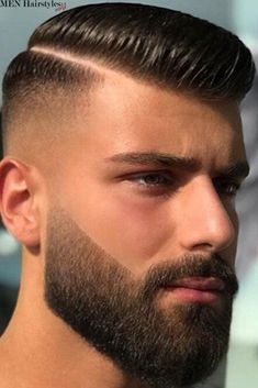 What do all brilliant haircuts for men have in common? An expertly trimmed contour! And there's no better way to make sure your hairstyle is on point than with a shape up haircut. Side Part Haircut, Comb Over Haircut, Side Part Hairstyles, Funky Hairstyles, Formal Hairstyles, Hairstyles Haircuts, Haircuts For Men, Wedding Hairstyles, Medium Hairstyles